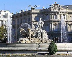 250px-Cibeles_con_Palacio_de_Linares_al_fondo