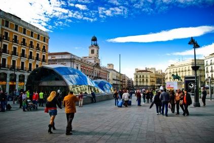Tragabolas_en_la_Puerta_del_Sol.jpg